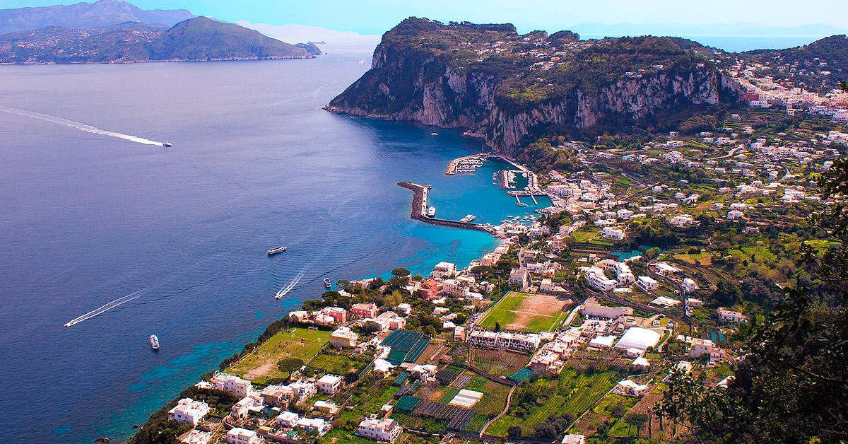 Capri matkat italiaan resor