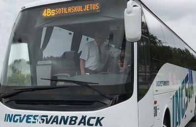 Inryckningsbussen