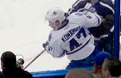 Leo Komarov in action - NHL-matkat.fi