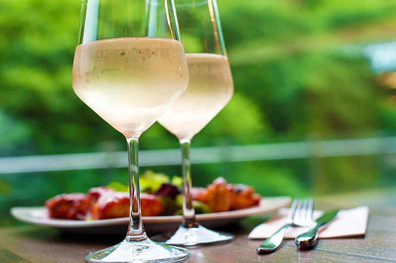 Ruokaa ja viiniä - Fine Dine tai Rhein ja Mosel