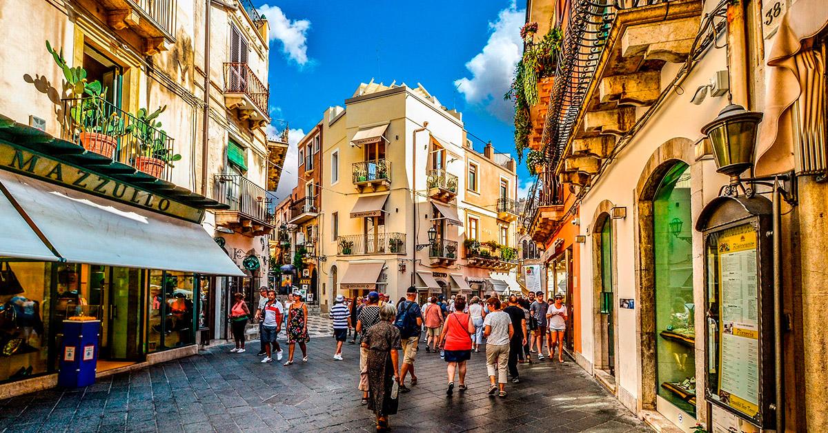 Taormina sisila matkat resor italien