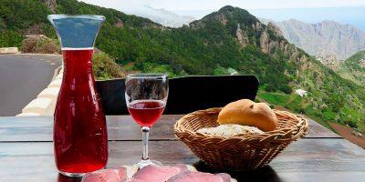 Viinivaellus Terenriffalle Kanariansaarilla